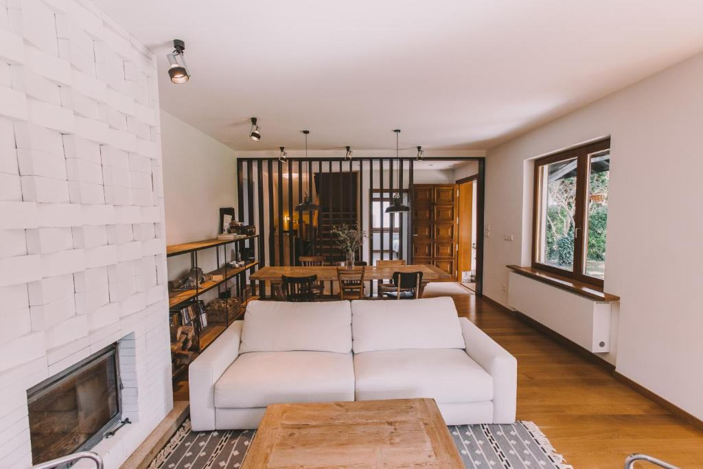 boutique hotels in hondarribia  52