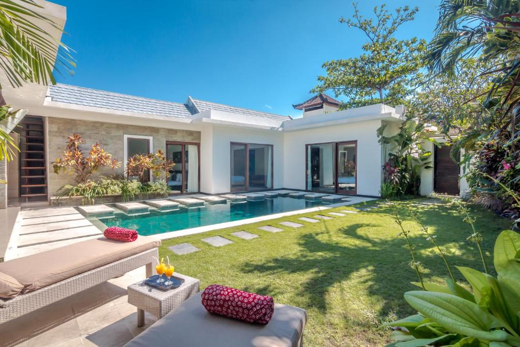 Bali Luxury 2 Bedroom Villas Gallery image of this property