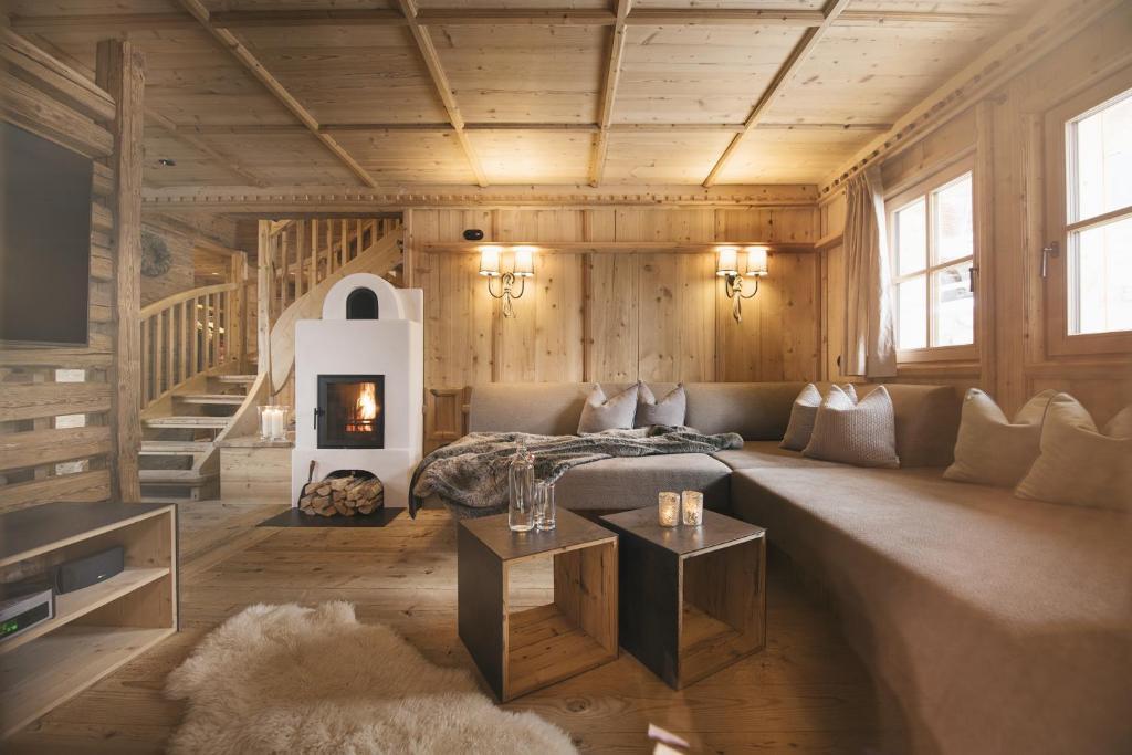 hotel sporer alm rohrberg austria. Black Bedroom Furniture Sets. Home Design Ideas
