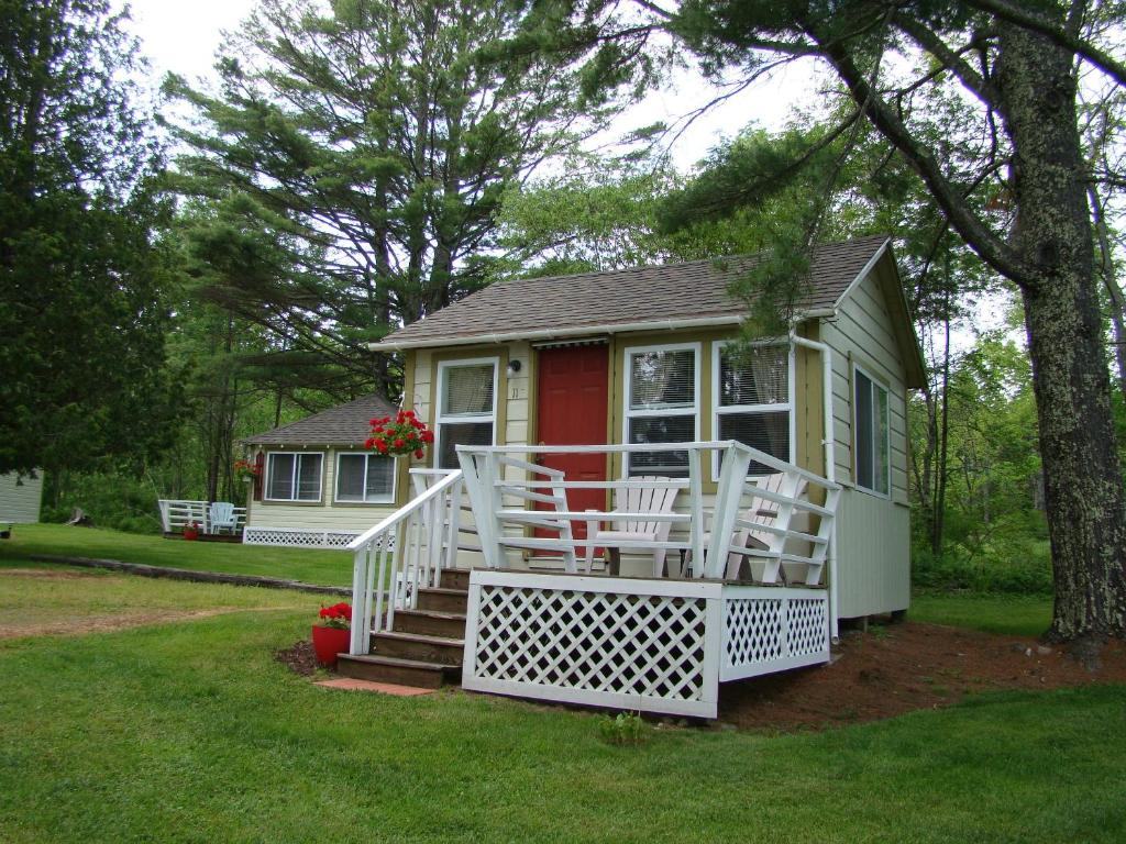 bay leaf cottages lincolnville me booking com rh booking com bay leaf cottages and bistro lincolnville maine