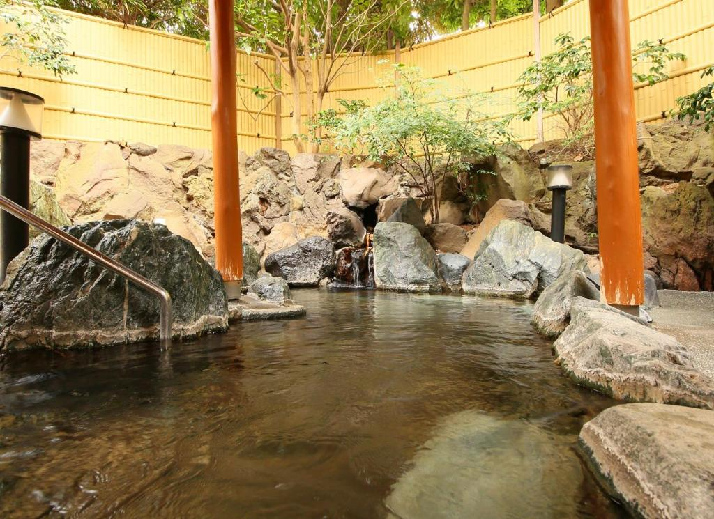 ポイント2.初体験の「飲める温泉」!