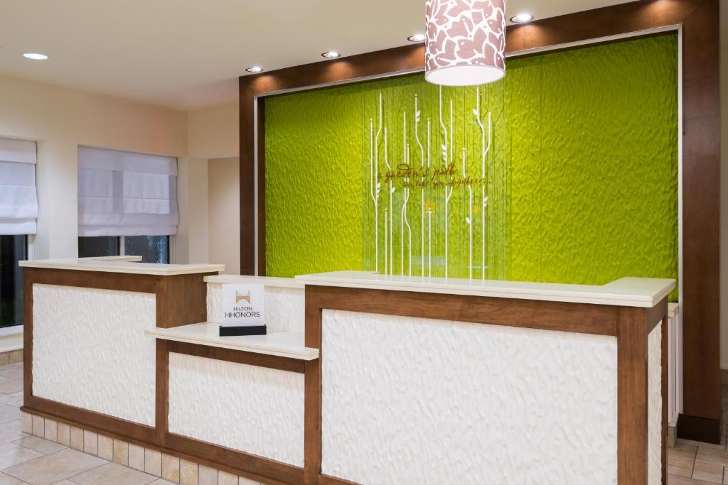 gallery image of this property - Hilton Garden Inn Wayne Nj