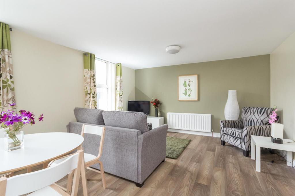walled city apartments derry londonderry uk booking com