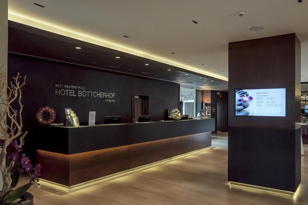 The lobby or reception area at Best Western Plus Hotel Böttcherhof
