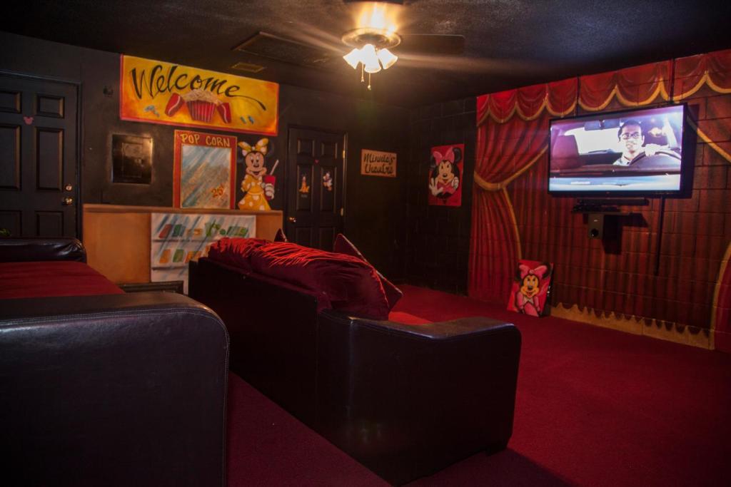 minnie s movie house orlando fl booking com