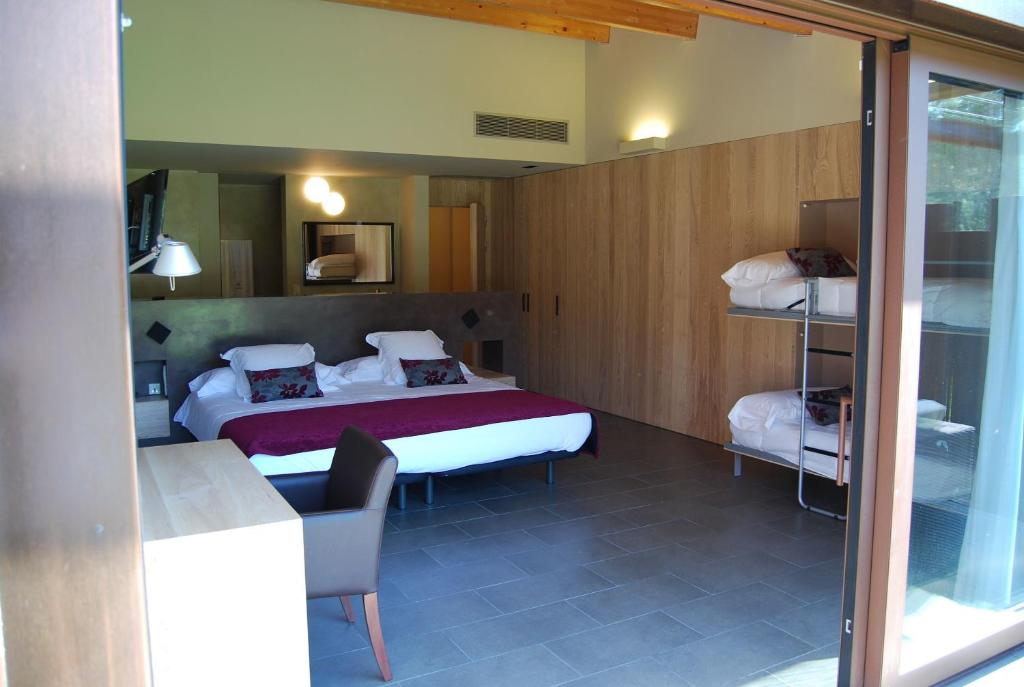 boutique hotels pont de molins  14