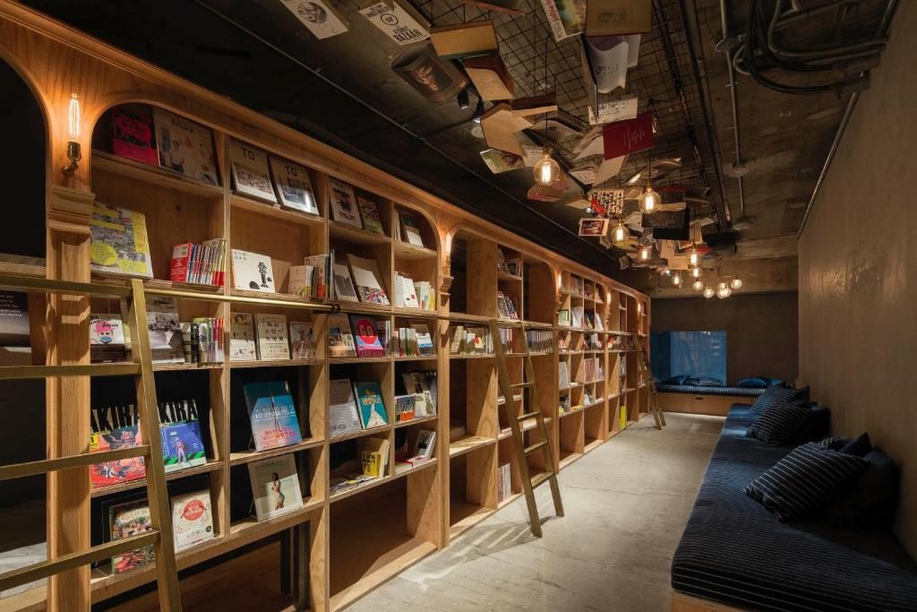 「BOOK AND BED TOKYO」的圖片搜尋結果