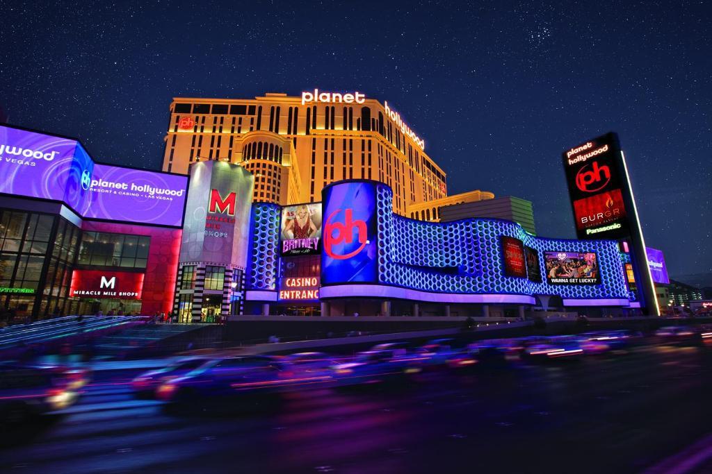 Planet Hollywood Resort & Casino(プラネット ハリウッド リゾート & カジノ)の外観