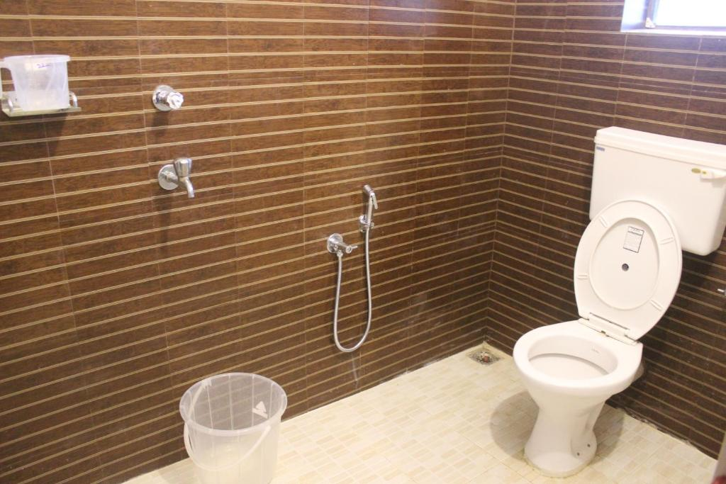 Bathroom Doors Trivandrum lodge swapna residency, trivandrum, india - booking