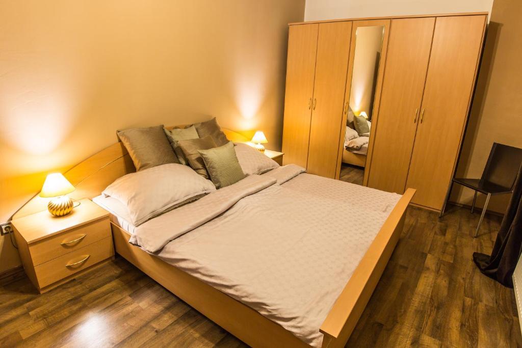 Manderla apartments bratislava slovakia for Bratislava apartments