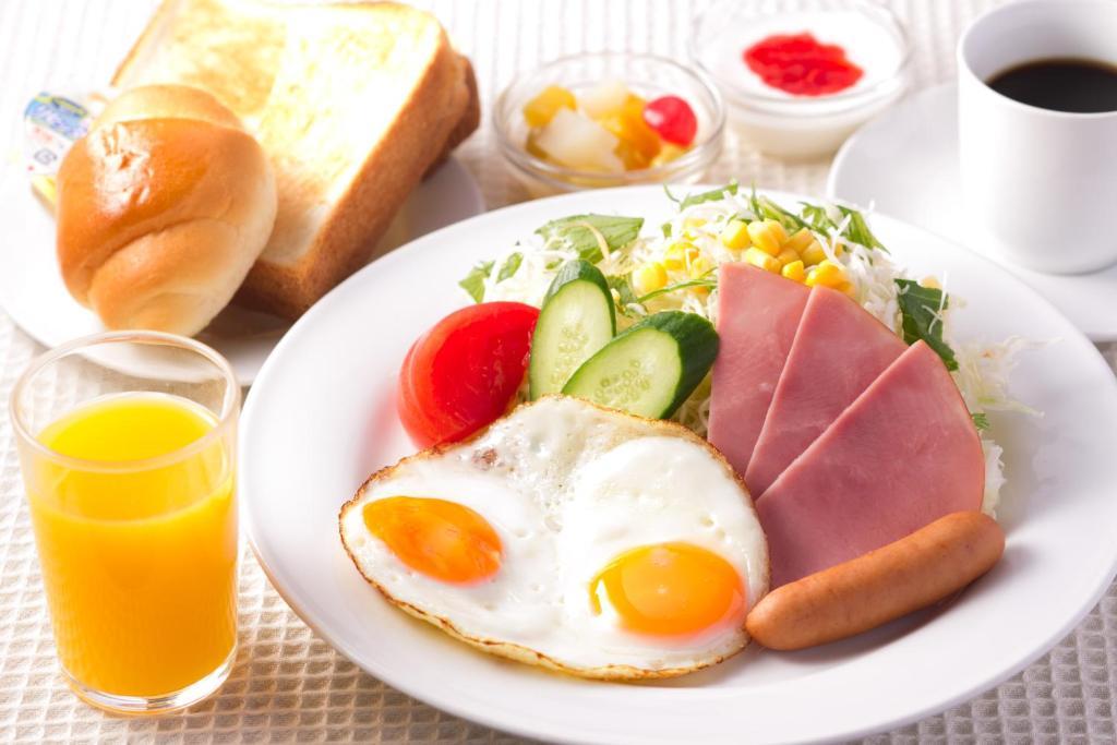 ポイント3.3種類から選べる!朝から満足の朝食