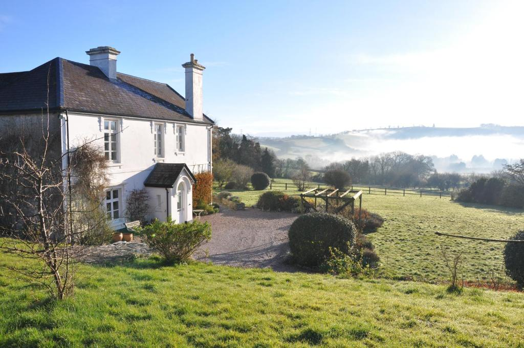 Bulleigh Barton Manor Ipplepen UK Deals