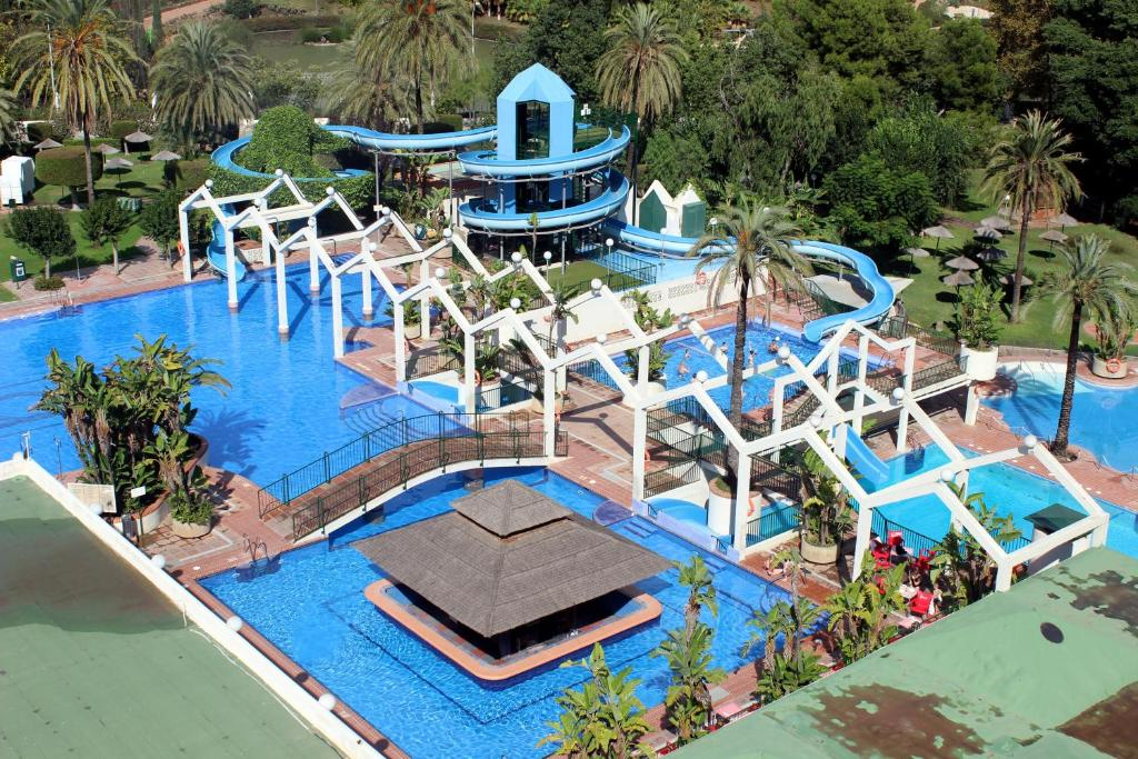 Hotels Near Safari Park