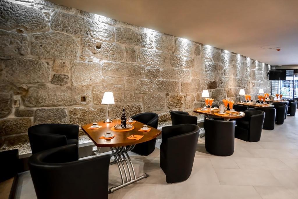 Appart 39 h tel reis de gaia portugal vila nova de gaia for Appart hotel centre de porto portugal