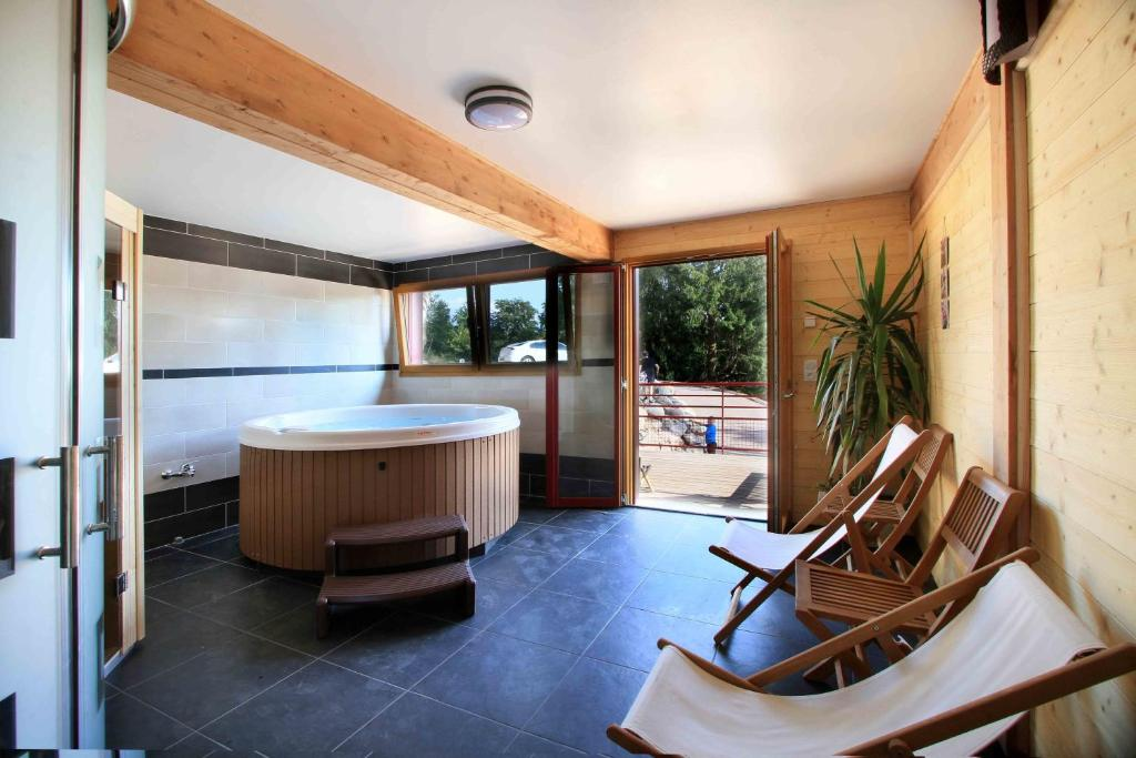 chalet nature & ressourcement (france le tholy) - booking