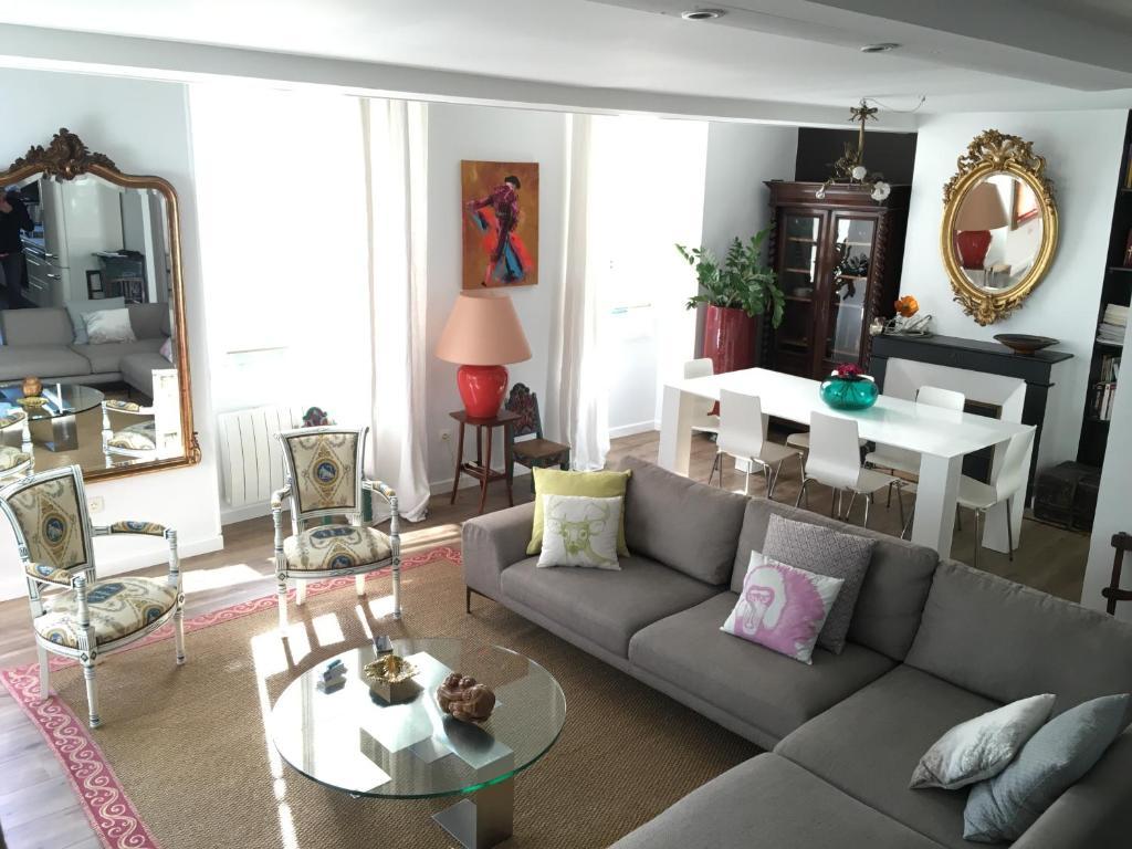 Apartment Loft Duplex Bonnac, Bordeaux, France - Booking.com