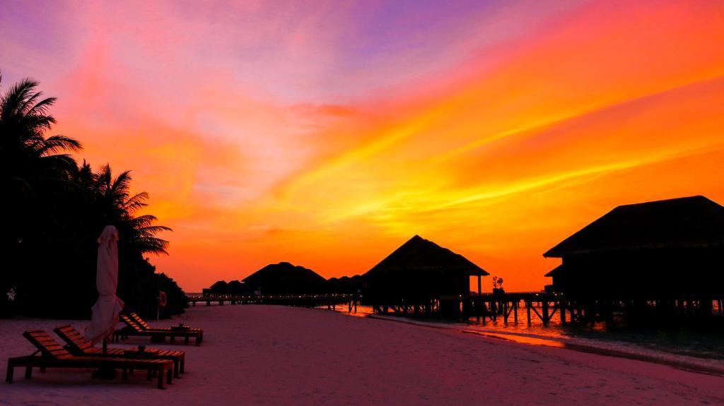 Vakarufalhi Island Resort & Spa - All Inclusive, sunbet