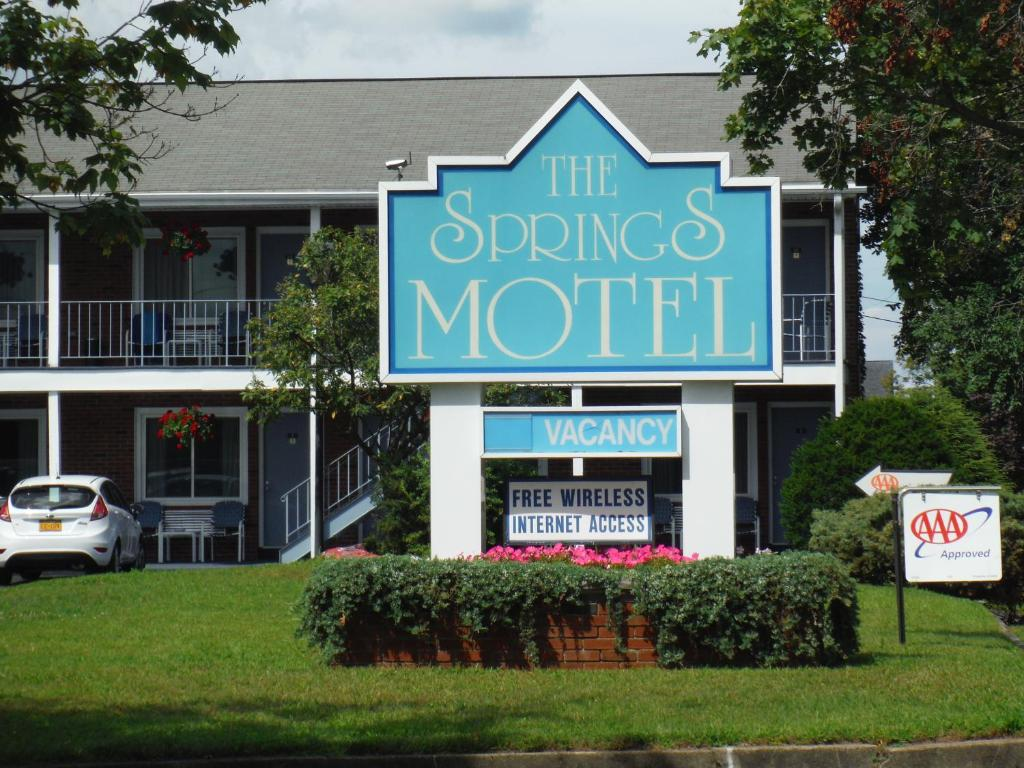 The springs motel saratoga springs usa rooms