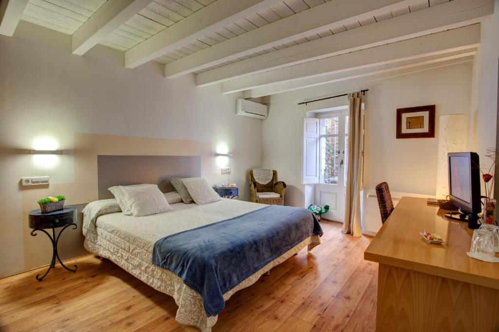 boutique hotels in solsona  16