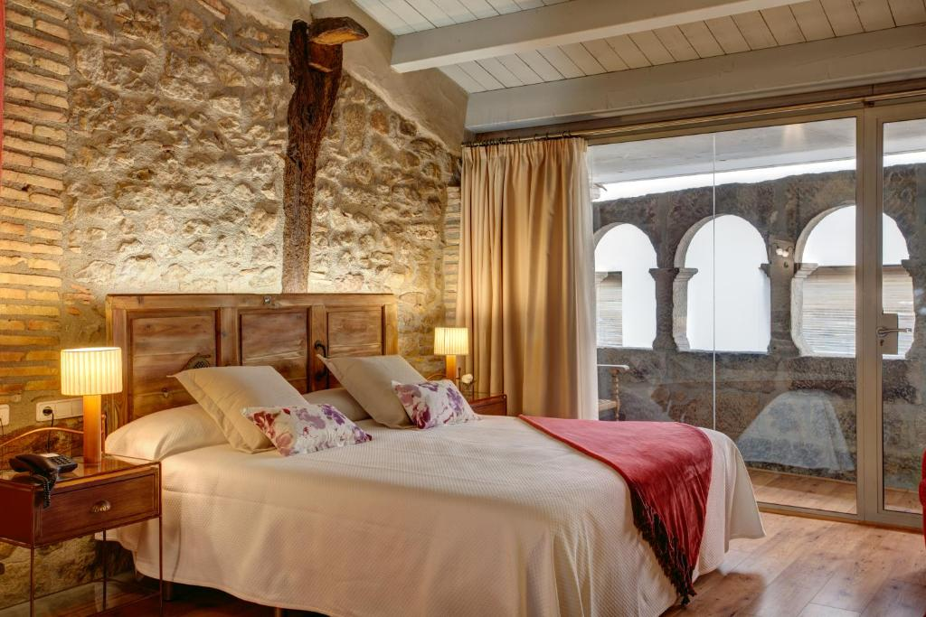 boutique hotels in lleida  4