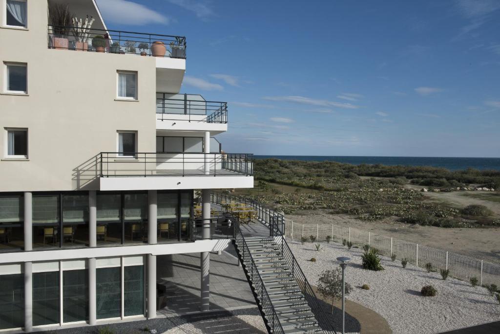 Apartments In Villelongue-dels-monts Languedoc-roussillon