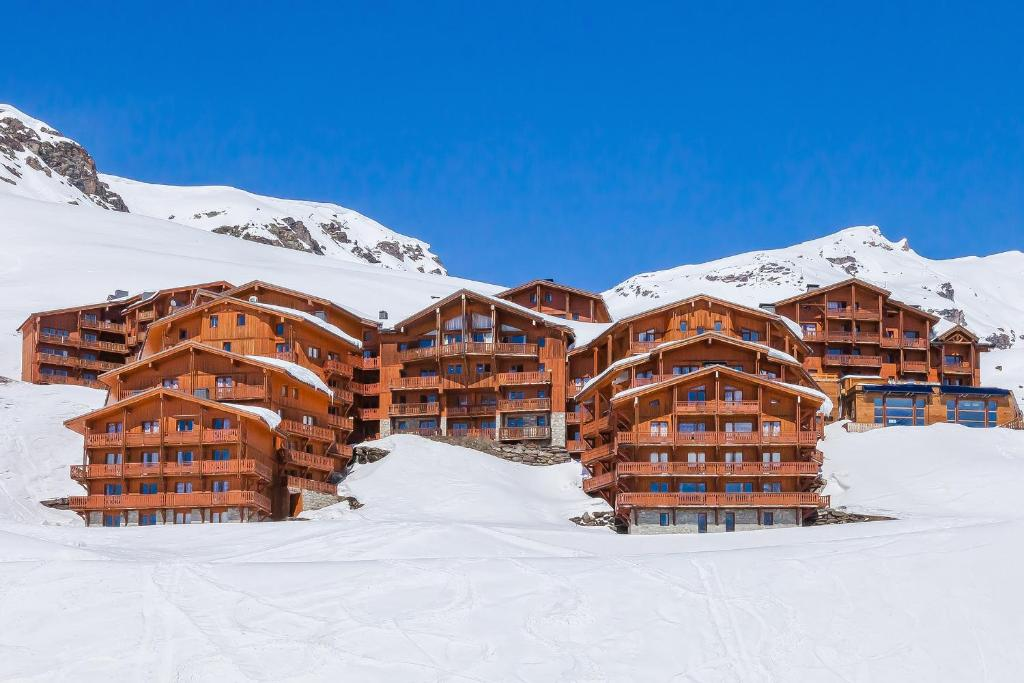 Hotel balcons val thorens france val thorens for Piscine val thorens