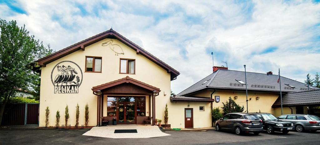 Hotel Pelikan Aleksandrow Lodzki Poland Booking Com
