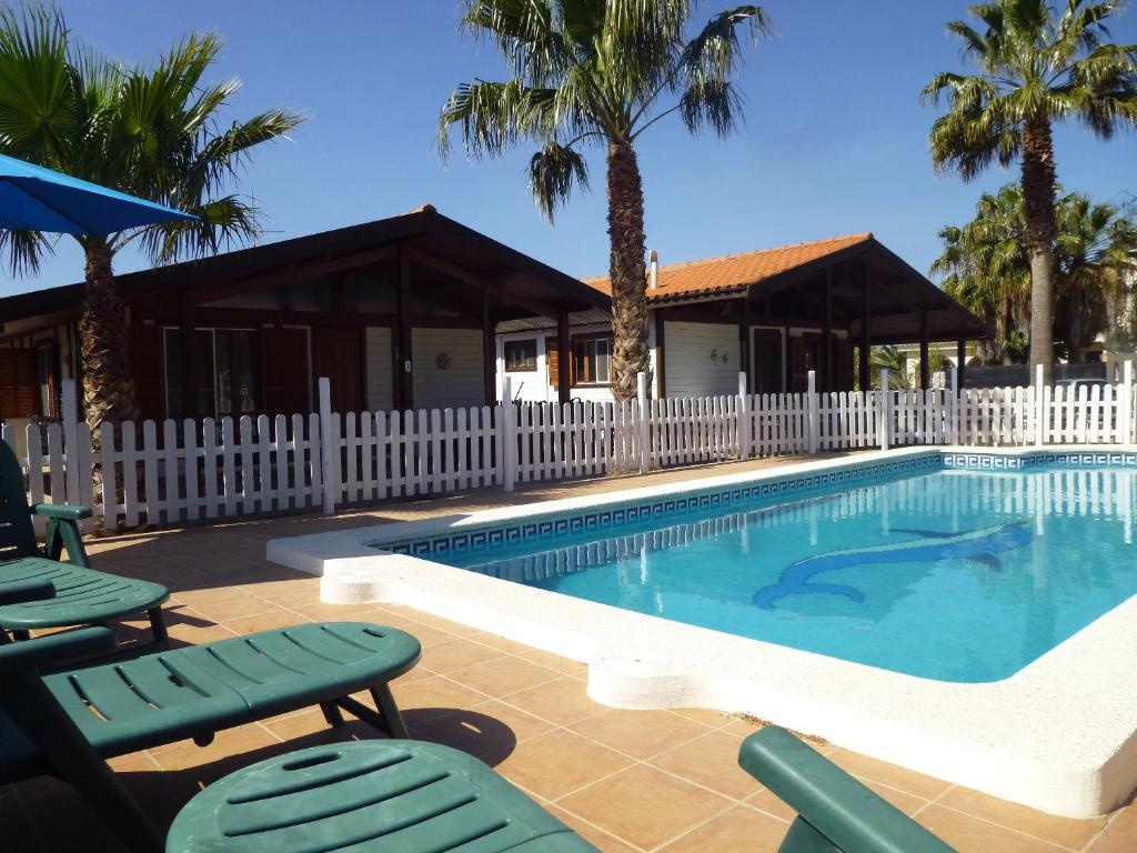 The swimming pool at or near Cases Laia