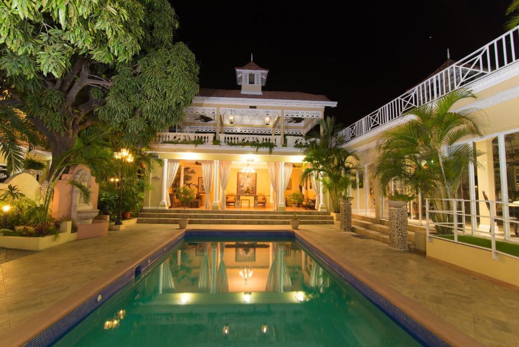 Eden Gardens Wellness Resort & Spa, Kingston – Precios mayo 2018
