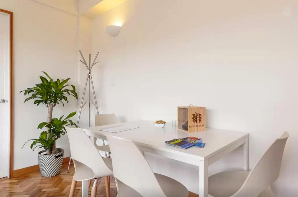Apartamento Studios Baixa Downtown Porto, Oporto, con fotos ...
