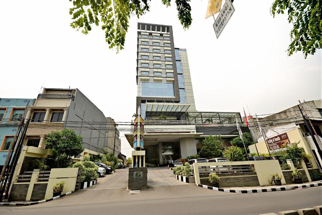 Hotel ZEN Rooms Bandengan Selatan Jakarta Indonesia