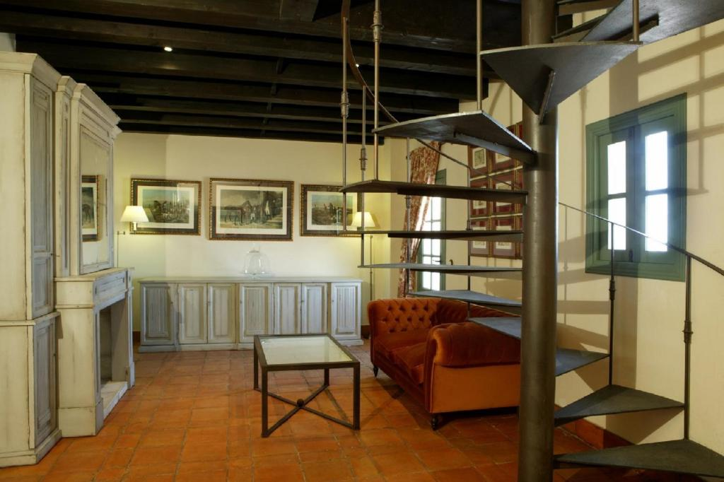 boutique hotels in huelva  11