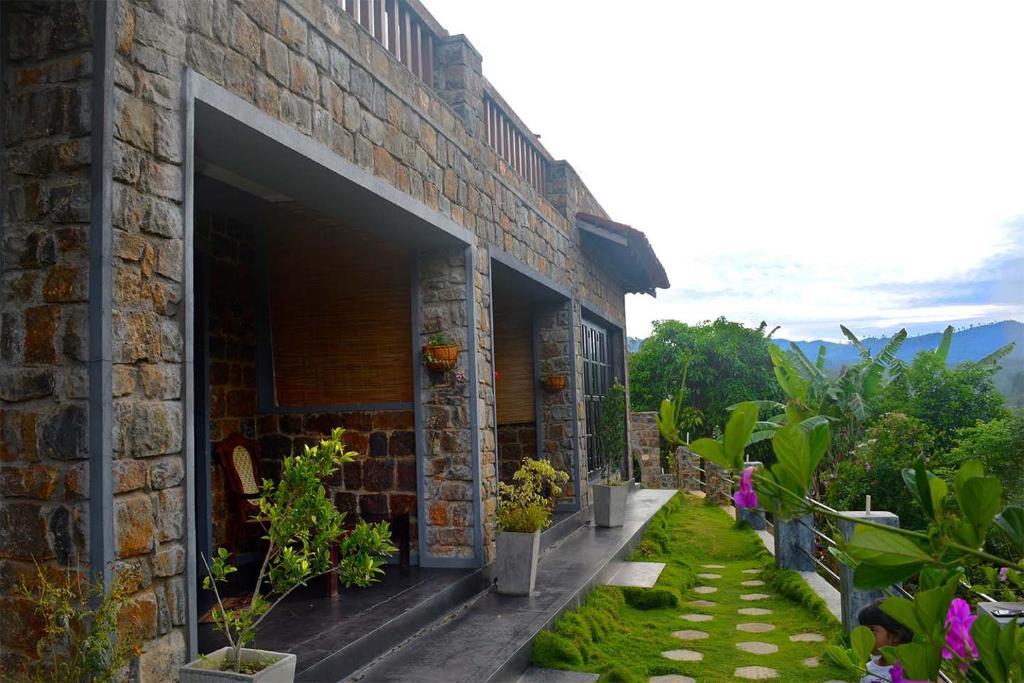 Guesthouse Laura Ella Sri Lanka Booking Com