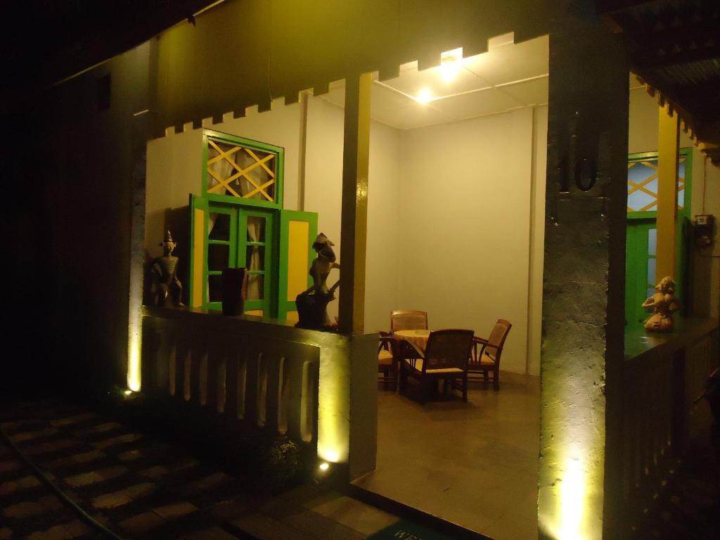 Jasmine Heritage Homestay Yogyakarta Indonesia Booking Com
