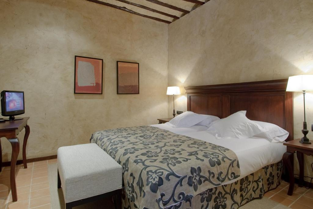 boutique hotels in ciudad real  55