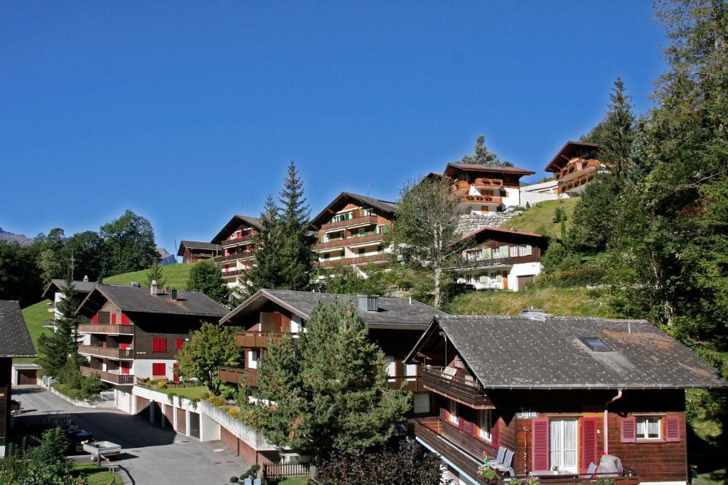Chalet zur Höhe, Grindelwald, Switzerland - Booking.com