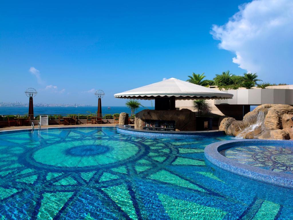 le royal hotels beirut lebanon. Black Bedroom Furniture Sets. Home Design Ideas