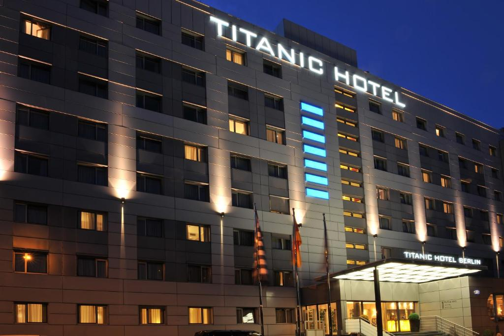 Hotel Titanic Berlin Mitte Germany Booking Com
