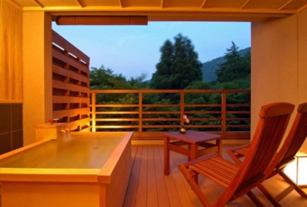 記念日におすすめのレストラン・箱根小涌谷温泉水の音の写真3