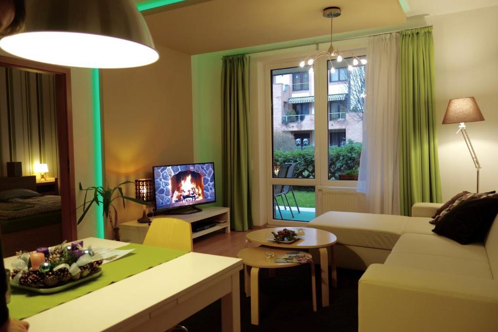Posezení v ubytování Semiramis Apartment
