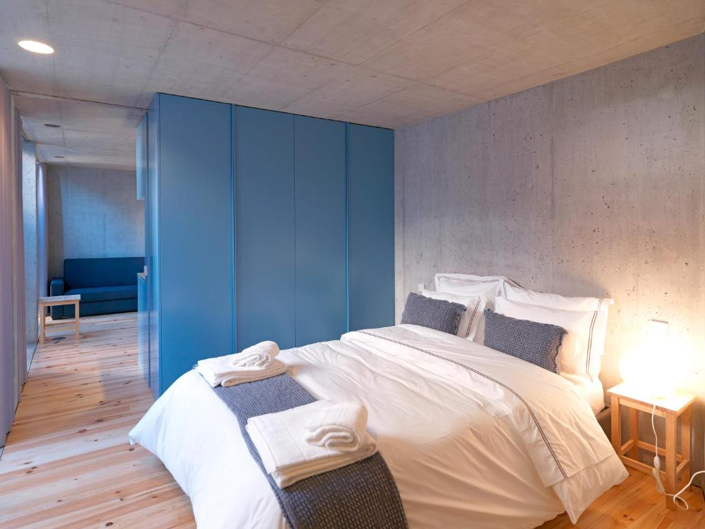 Feels Like Home Breiner 310 Design Modern Flats, Porto – Updated ...