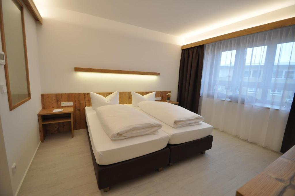 snooze apartments, holzkirchen, germany - booking.com - Holzkchen Modern