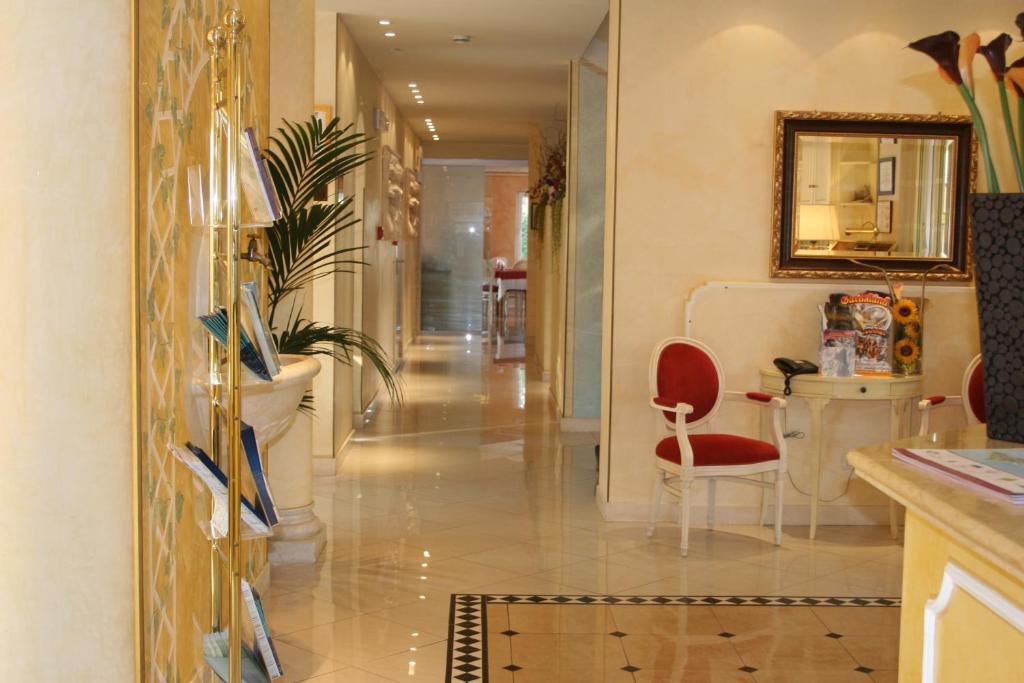 Cucina o angolo cottura di Hotel Alsazia