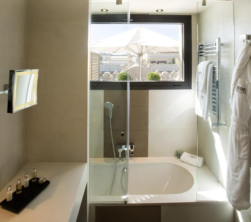 boutique hotels in barcelona  213