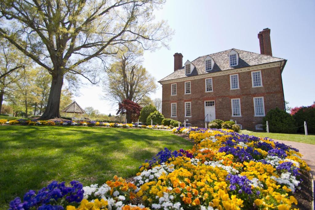 The historic powhatan resort williamsburg va - Williamsburg va hotels near busch gardens ...