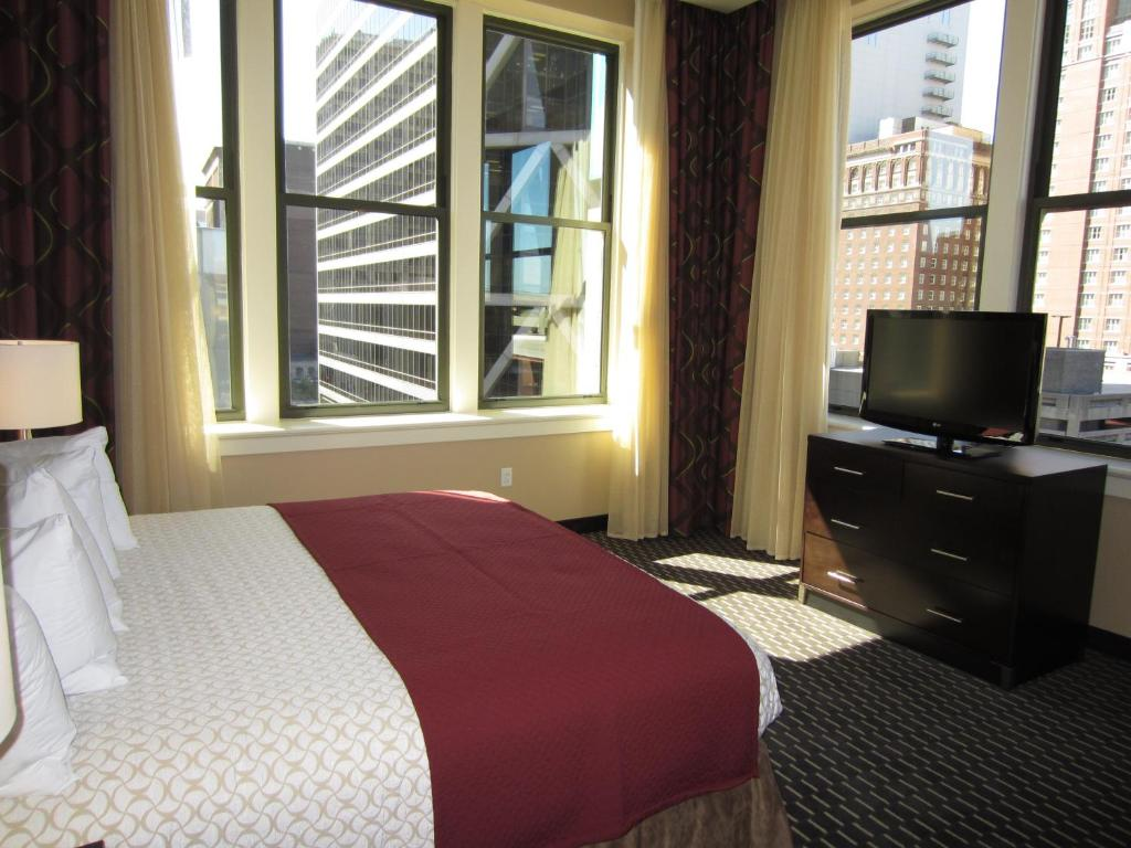 hotel embassy suites saint louis mo booking com