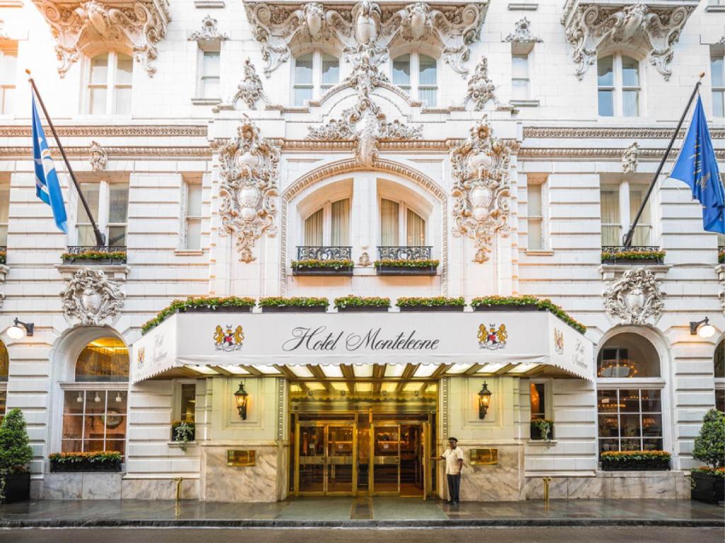 Hotel monteleone new orleans la for Hotels orleans