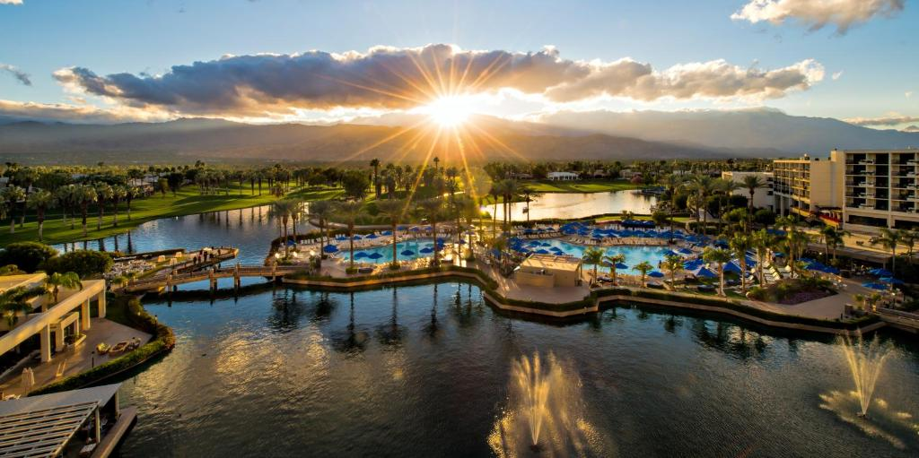 What people love about JW Marriott Desert Springs Resort & Spa