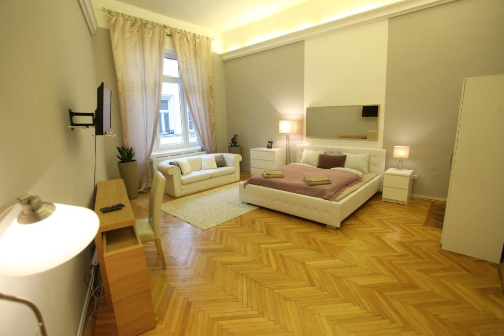 apartment d five classic luxury at basilica budapest hungary rh booking com