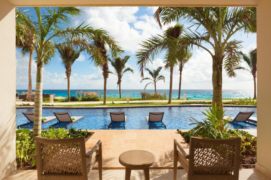 Resultado de imagen para Hyatt Ziva Cancun